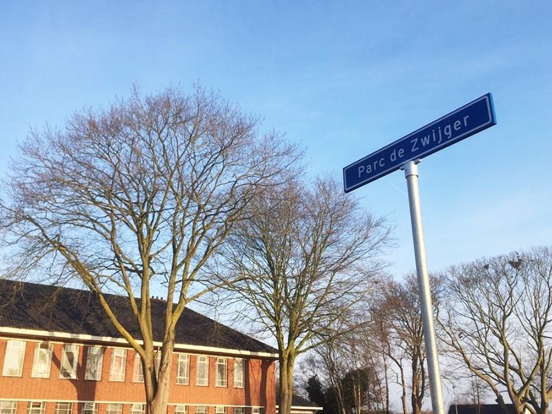 Plaatsing eigen straatnaam bordje
